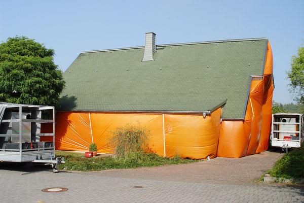 Blockhaus Limburg: -Bekämpfender Holzschutz im Heißluftverfahren
