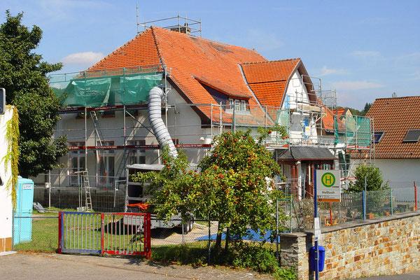 Wiesbaden: -Bekämpfender Holzschutz im Heißluftverfahren