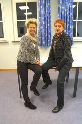 Sonja Jansen (links), stellvertr. Vorsitzende und Ute Wolfram-Liese, Vorsitzende, im Gespräch