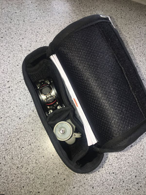 Sonderanfertigung Tasche für Aufnahmegerät mit Standfuss