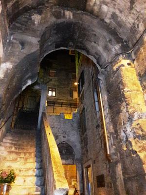 Beim Landgang die Altstadt von Split mit dem Diokletianpalast besichtigen