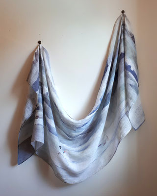Waves & Gulls Scarf - Linen
