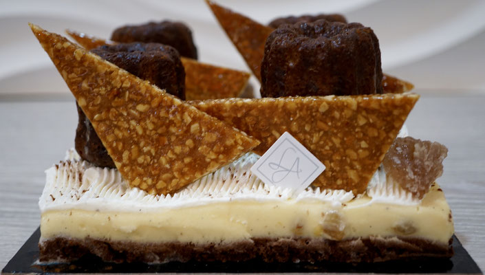 Biscuit chocolat, Glace vanille rhum raisins, Marron glacé et Nougatine