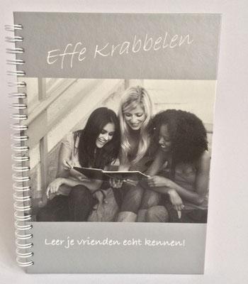 Effe Krabbelen vriendenboek €8,95