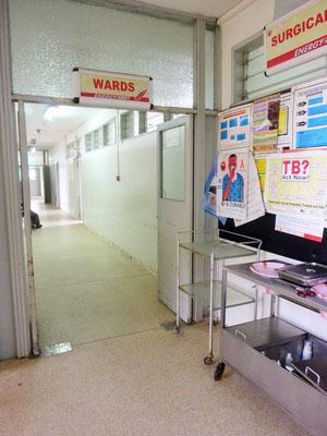 Zugang zur Frauenstation des Krankenhauses