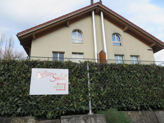 Hier befindet sich der Coiffure Soleil, Amsoldingen bei Thun