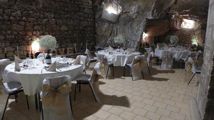 fleurs mariage aux caves des vignerons de Bourgueil