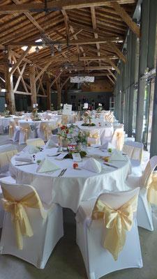 centre de table de mariage aux arènes de Doué la Fontaine