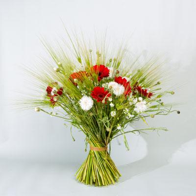 Bouquet de mariée champêtre, le clos des roses 30 euros