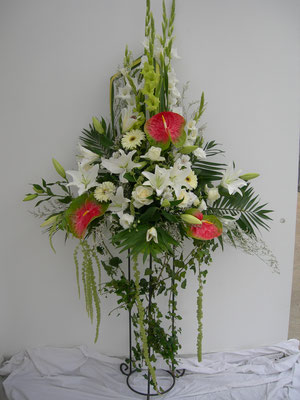 Vasque fleurie 80 euros de fleurs