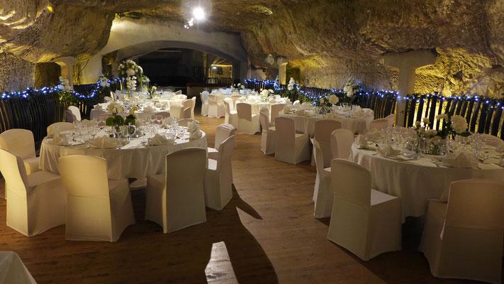 Mariage aux Caves Ackerman par Le Clos des Roses