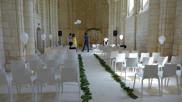 Décoration de la chapelle de l'Abbaye Royale de Fontevraud. Le Clos des Roses