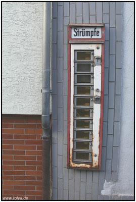 Strumpfomat#Strumpfautomat#gute alte Zeit#Sonderbares