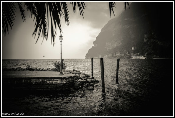 Riva del Garda#Hafen#Schwarz Weiss