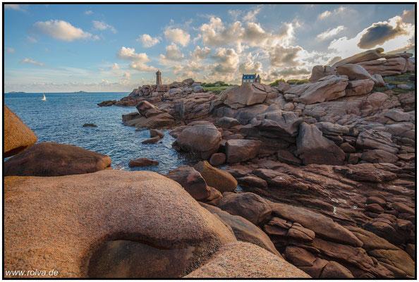 Bretagne#rosa Granitküste#Leuchtturm von Meen Ruz bei Ploumanac´h#Pointe de Squéouel #Mean Ruz