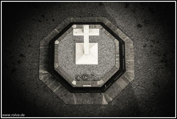 Kreuz # Schwarz Weiss#Vogelperspektive