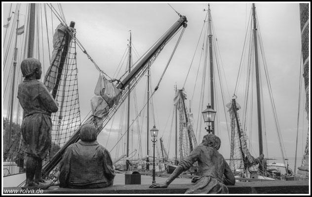Hoorn Hafenansicht#Segelschiffe