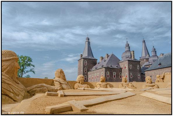Schloss Hoensbroek#Kasteel#Wasserschloß#Sandskulpturen