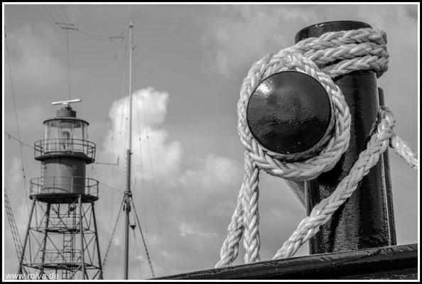 Hafen # Schiffsanleger # Schwarz Weiss