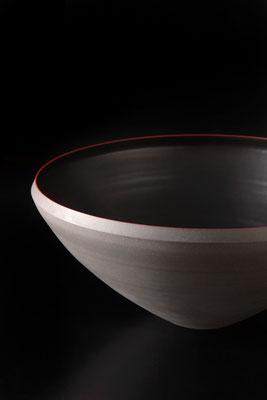 黒磁大鉢  φ37cm