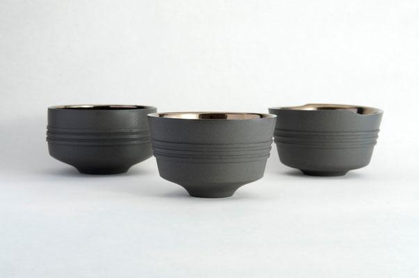 黒陶線条碗