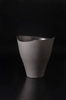 黒磁水指  φ22cm  h21cm