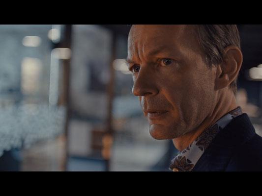 """Sebastian Rudolph in """"Zürich-Krimi: Borchert und der Mord im Taxi"""" (© Max Knauer)"""