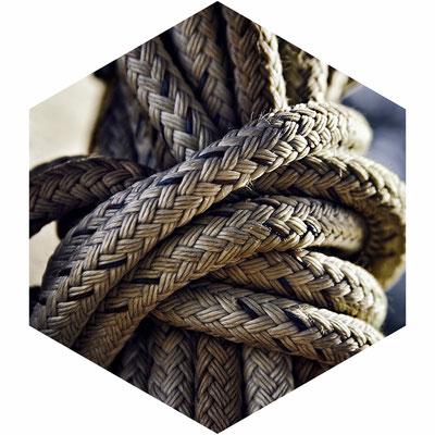 Corda con costruzione a doppia treccia specifica per le operazioni di abbattimento controllato