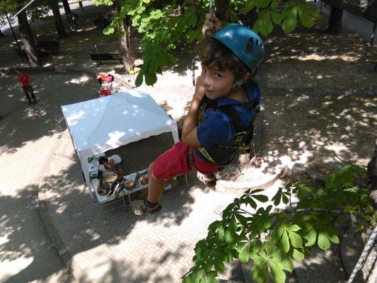 Evento ludico organizzato da Arbonauti per avvicinare i bambini agli alberi