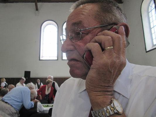 Franz hört sein Interview auf Regional/Diagonal :-)