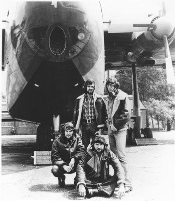 MMEB Nightingales & Bombers 1975 Publicity Shots