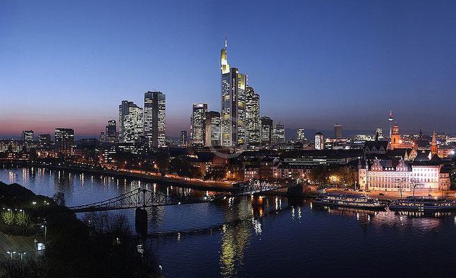 Skyline Frankfurt im Querformat 62