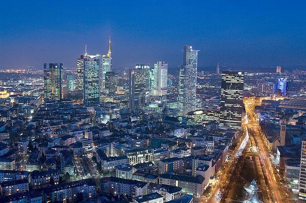 Skyline Frankfurt im Querformat 33