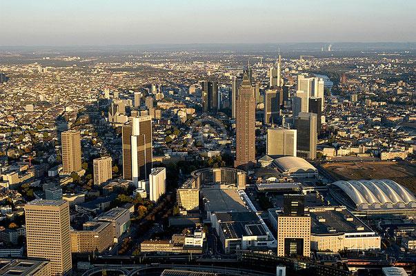 Skyline Frankfurt im Querformat 14