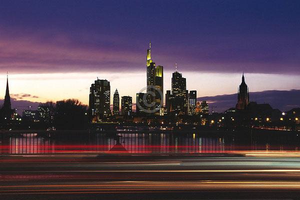 Skyline Frankfurt im Querformat 50
