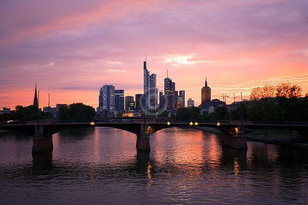 Skyline Frankfurt im Querformat 1