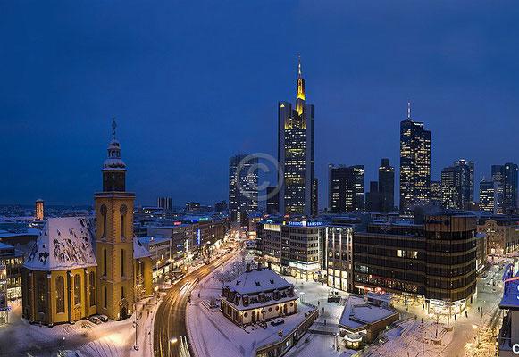 Skyline Frankfurt im Querformat 64