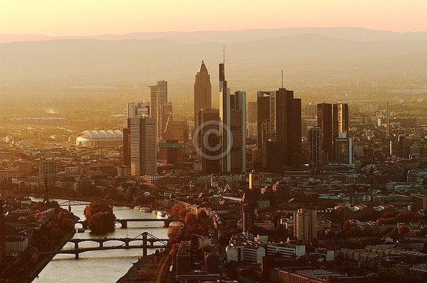 Skyline Frankfurt im Querformat 17