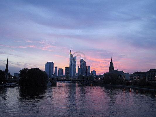 Skyline Frankfurt im Querformat 41
