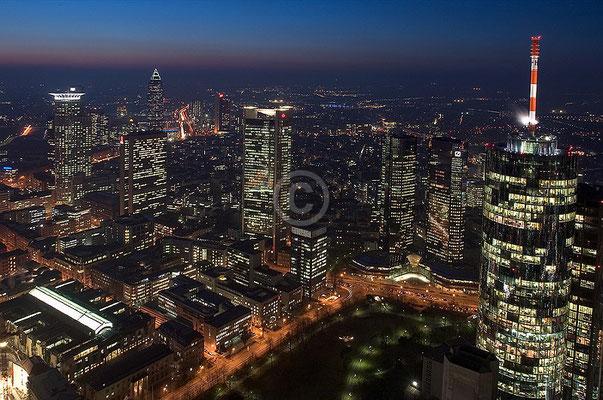 Skyline Frankfurt im Querformat 36