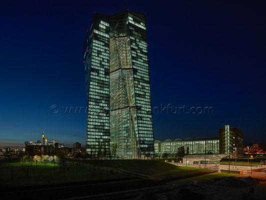 skyline-frankfurt-mit-ezb-0054