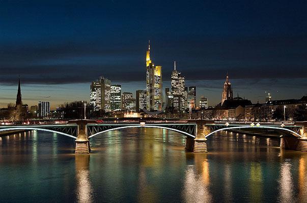 Skyline Frankfurt im Querformat 53