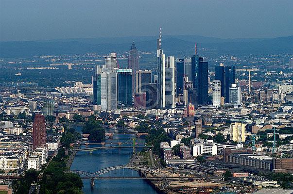 Skyline Frankfurt im Querformat 6