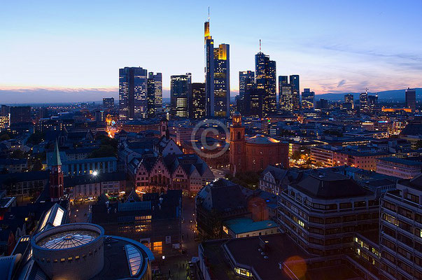 Skyline Frankfurt im Querformat 67