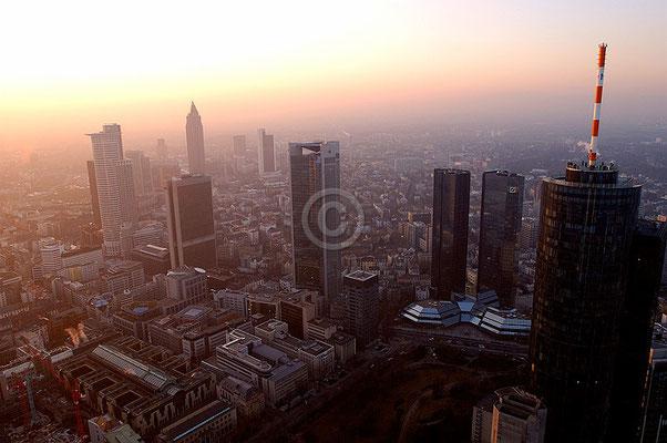 Skyline Frankfurt im Querformat 25