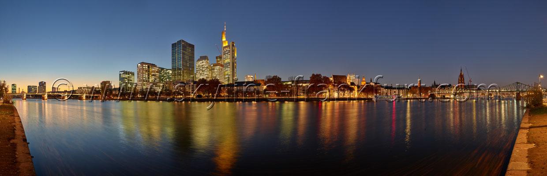 skyline-frankfurt-270