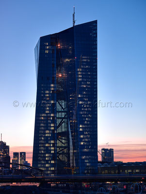 skyline-frankfurt-mit-ezb-009
