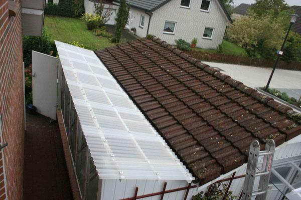 Das neue UV-beständige Dach passt wie angegossen