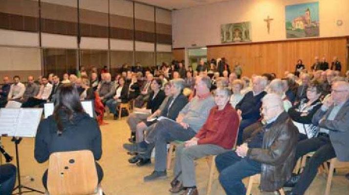Aufmerksame Zuhörer beim 2016er Neujahrsempfang im Pflaumheimer Ambrosiushaus (Bild von Christine Reichert-Rachor)