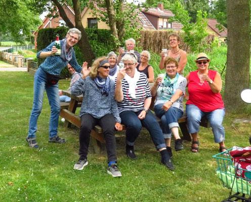Der rest der Gruppe in Neuenkirchen....3 Frauen waren leider schon weg.